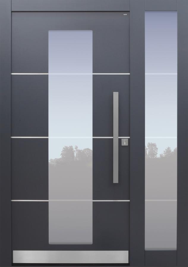 Haustür anthrazit mit Edelstahllisenen und Glasmotiv MS4 auf Kundenwunsch mit Seitenteilt T Modell B11-T