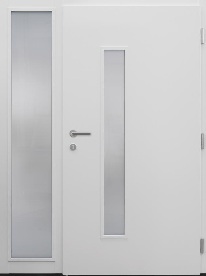 Haustür weiß Innenansicht mit Seitenteil T Modell B33-T