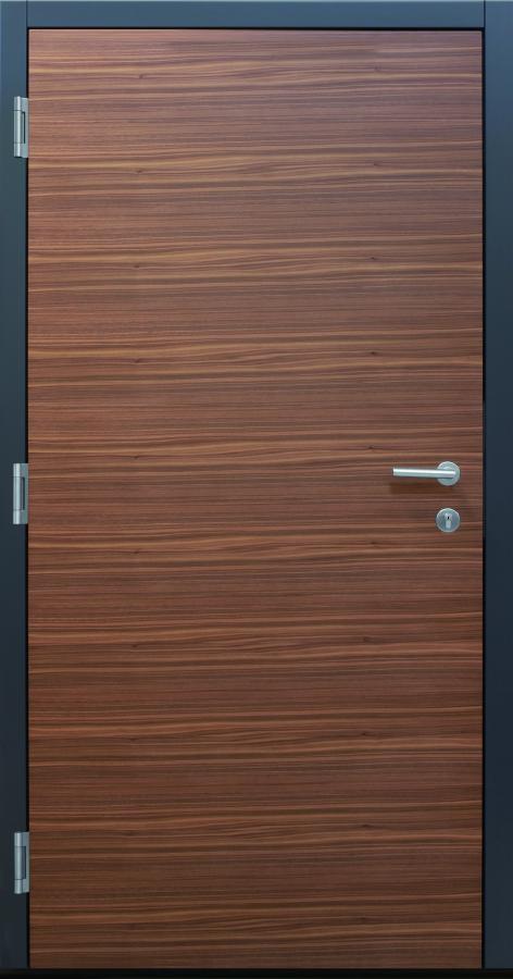 Haustür, Current B9 T2 innen, gebürstetes Holz